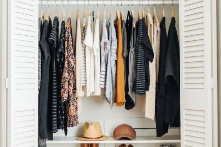simplififed-small-closet